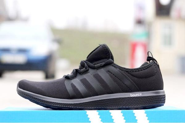 Мужские кроссовки Adidas Bounce черные