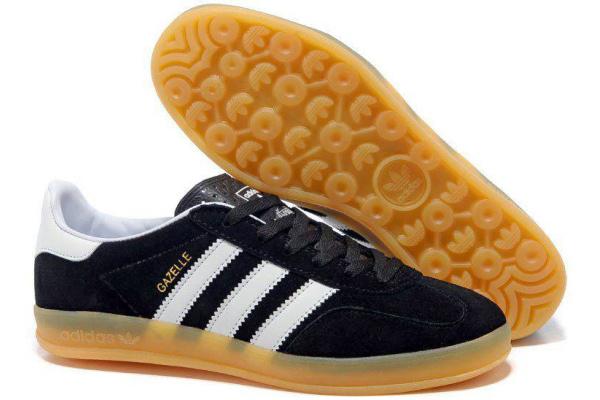 Мужские кроссовки Adidas Gazelle 2017 Indoor черные с белым