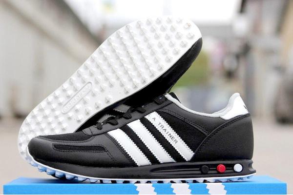Мужские кроссовки Adidas L. A. Trainer черные с былм