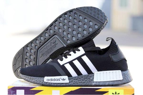 Мужские кроссовки Adidas NMD Runner PK черные с белым