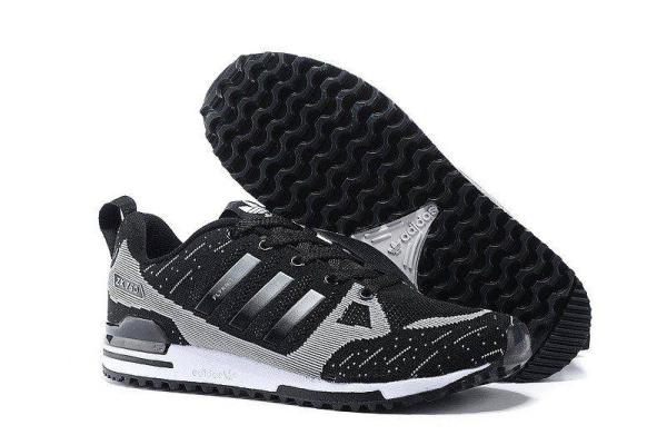 Мужские кроссовки Adidas Оriginals ZX750 Flyknit черные с серым