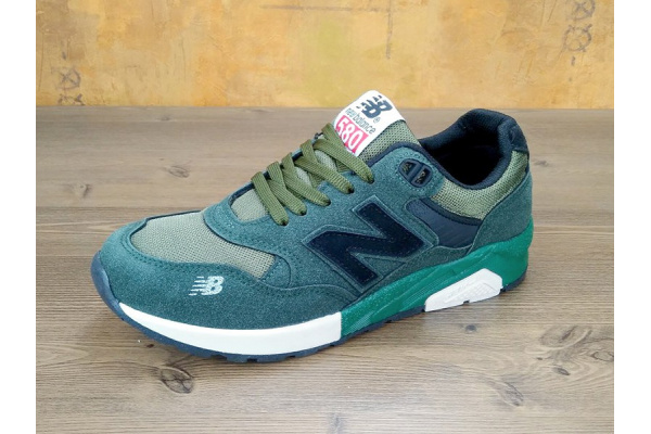 Женские кроссовки New Balance 580 зеленые