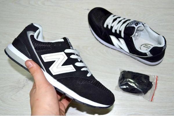 Мужские кроссовки New Balance 996 черные с белым