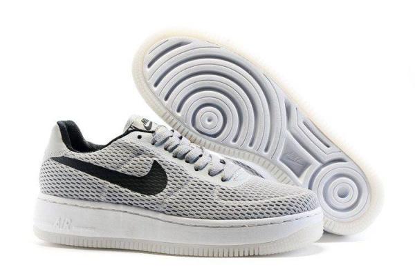 Мужские кроссовки Nike Air Force 1 Low серые с черным