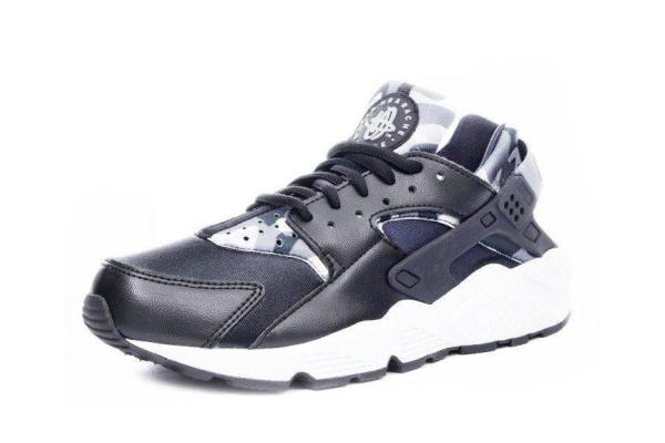 Мужские кроссовки Nike Air Huarache Camo черные