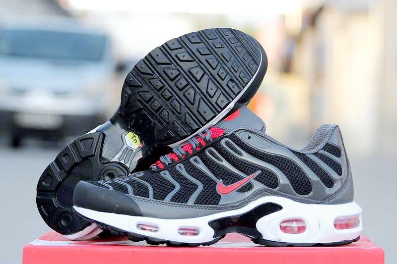 pretty nice 58546 e07f4 Мужские кроссовки Nike Air Max 95 TN Plus черные с красным