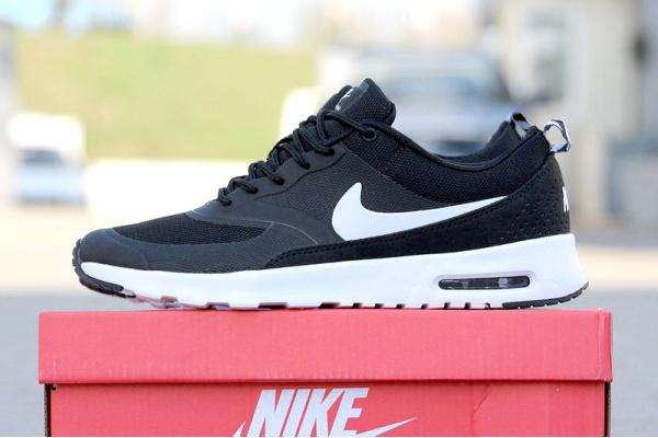 Мужские кроссовки Nike Air Max Thea черные с белым