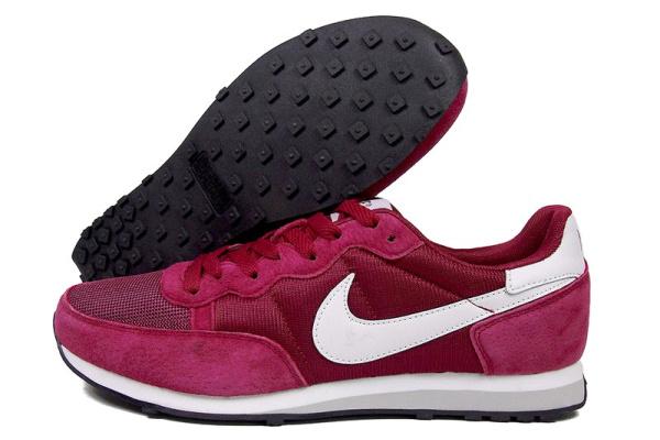 Мужские кроссовки Nike Air Pegasus 83 бордовые