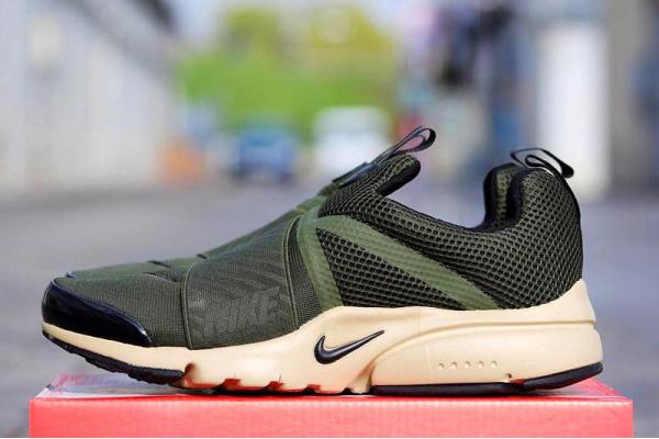 Мужские кроссовки Nike Air Presto Extreme оливковые с бежевым