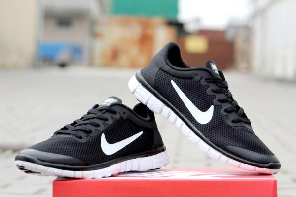 Мужские кроссовки Nike Free Run 3.0 черные с белым
