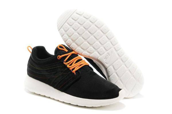 Мужские кроссовки Nike Roshe Dynamic черные с оранжевым