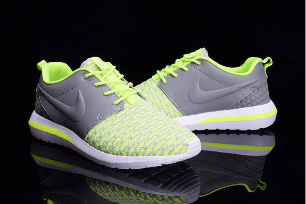 Мужские кроссовки Nike Roshe Run салатовые с серым