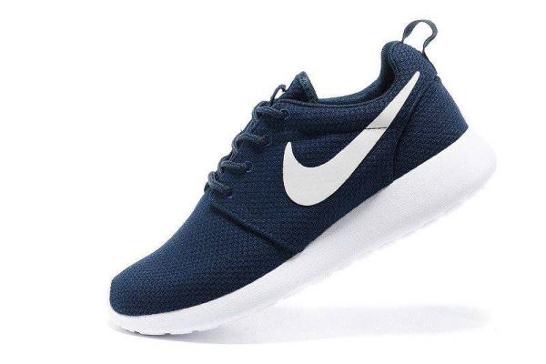 Мужские кроссовки Nike Roshe Run темно-синие