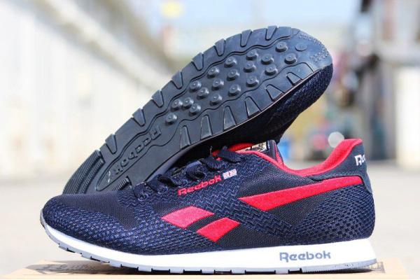 Мужские кроссовки Reebok темно-синие с красным