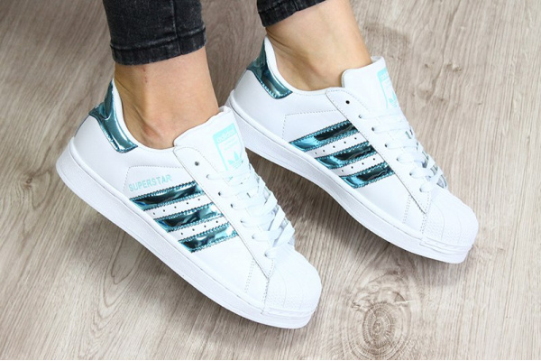 Женские кроссовки Adidas Classics Superstar Hologram Iridescent белые с бирюзовым