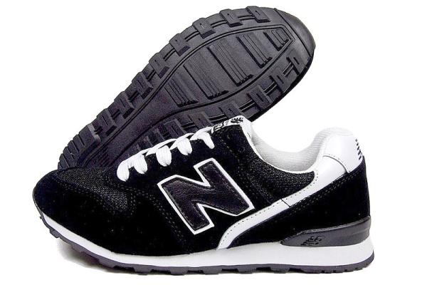 Женские кроссовки New Balance 996 черные