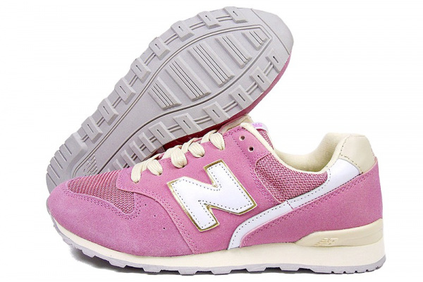 Женские кроссовки New Balance 996 розовые с бежевым