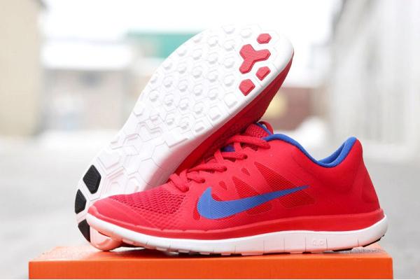 Женские кроссовки Nike Free Run 4.0 V4 Hyperfuse красные
