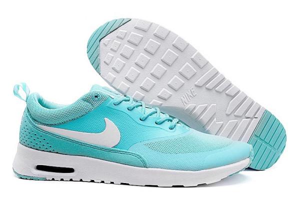 Женские кроссовки Nike Tavas бирюзовые