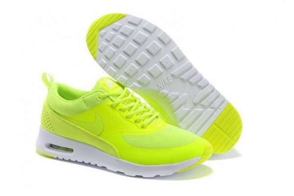 Женские кроссовки Nike Tavas неоново-зеленые