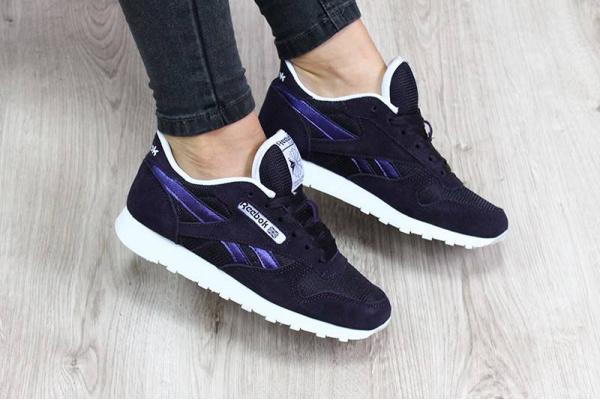 Женские кроссовки Reebok Classic фиолетовые