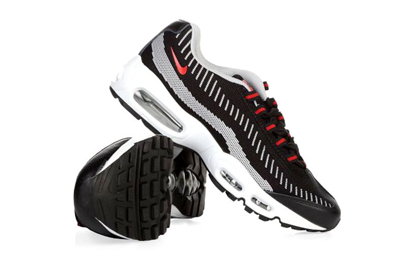 san francisco 0c2b5 9569c Мужские кроссовки Nike Air Max 95 Flyknit черные с красным