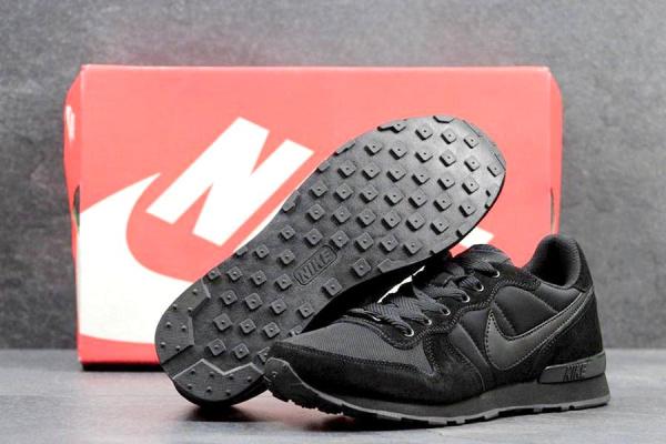 Мужские кроссовки Nike Air Pegasus 83 черные