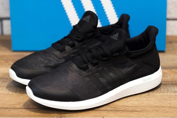 Женские кроссовки Adidas Bounce черные