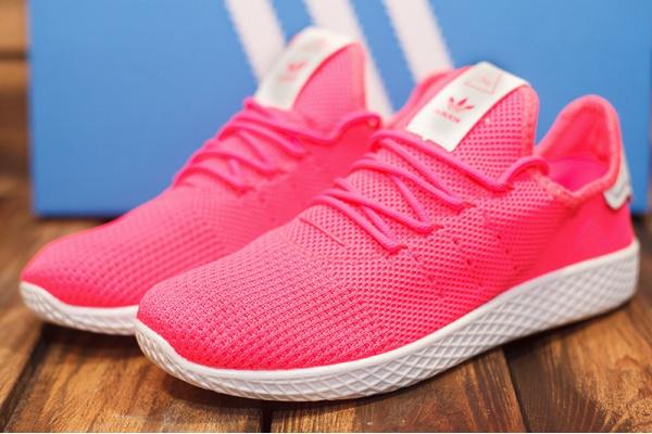 Женские кроссовки Adidas Pharrell Williams Tennis HU розовые