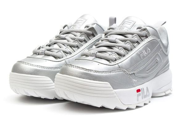 Женские кроссовки Fila Disruptor II серебряные