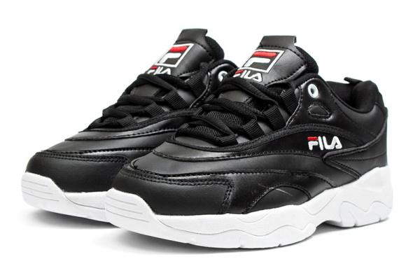 Женские кроссовки Fila Ray черные