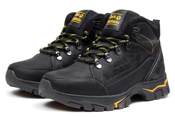 Мужские ботинки на меху Jack Wolfskin черные