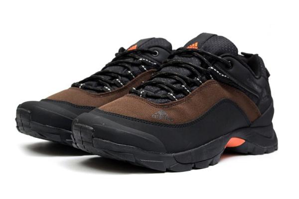 Мужские кроссовки для активного отдыха Adidas Climaproof Low коричневые