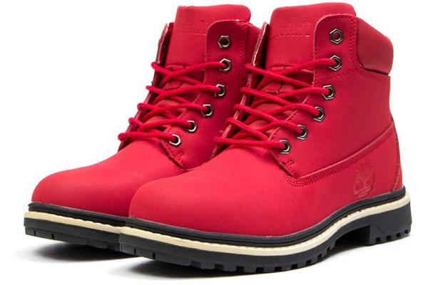 Женские ботинки на меху красные