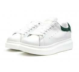 Купить Жіночі кросівки Alexander McQueen Oversized Sole Low Sneaker білі з зеленим