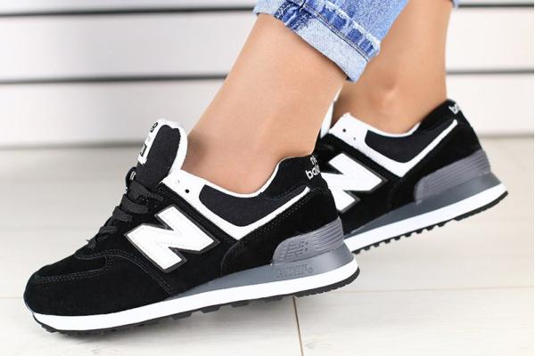 Женские кроссовки New Balance 574 черные с белым