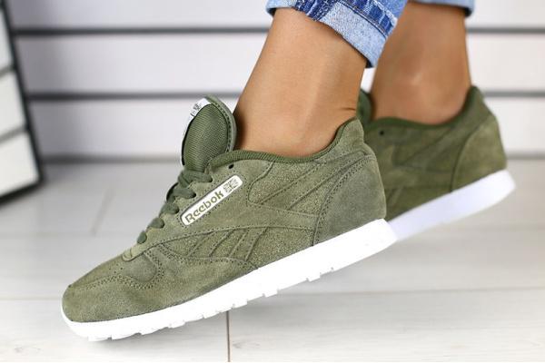 Женские кроссовки Reebok Classic Leather зеленые
