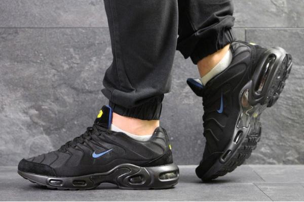 Мужские кроссовки Nike TN Air Max Plus черные с голубым