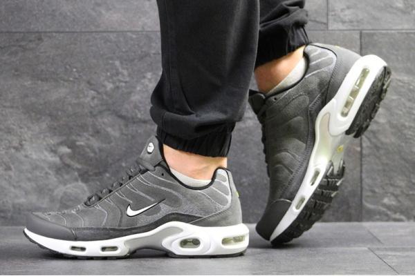 Мужские кроссовки Nike TN Air Max Plus серые