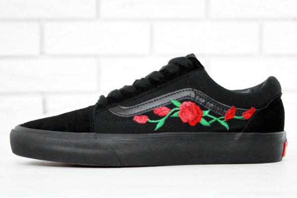 Женские кеды Vans Old Skool Red Roses Mono Black черные