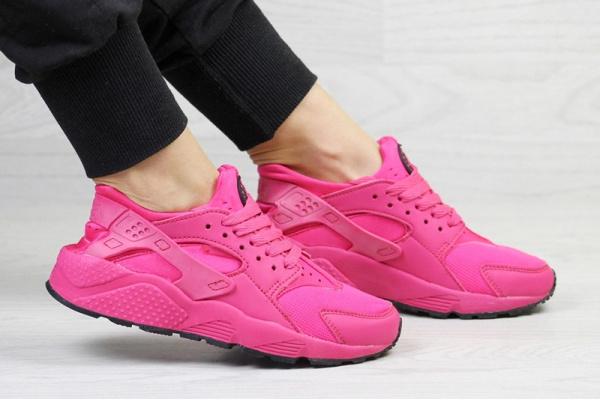 Жіночі кросівки Nike Air Huarache малиновые