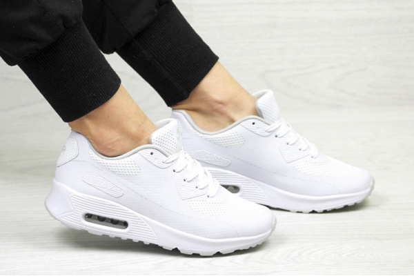 Женские кроссовки Nike Air Max 90 Hyperfuse белые
