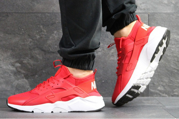 Мужские кроссовки Nike Air Huarache красные