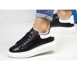 Купить Жіночі кросівки Alexander McQueen Oversized Sole Low Sneaker чорні з білим
