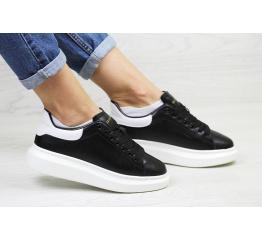 Купить Жіночі кросівки Alexander McQueen Oversized Sole Low Sneaker чорні з білим в Украине
