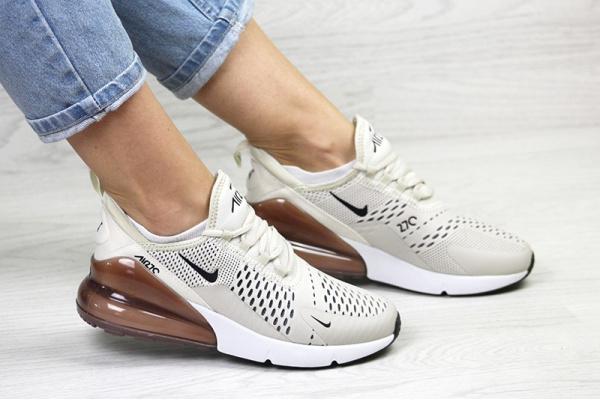 Женские кроссовки Nike Air Max 270 бежевые