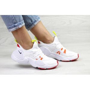 Женские кроссовки Nike Huarache E.D.G.E. белые