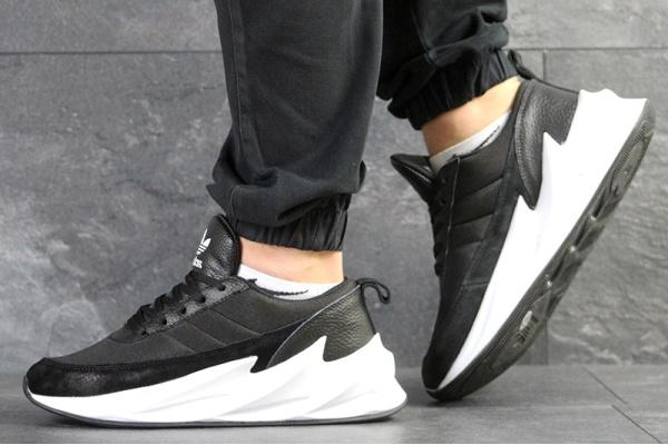 Мужские кроссовки Adidas Sharks черные с белым