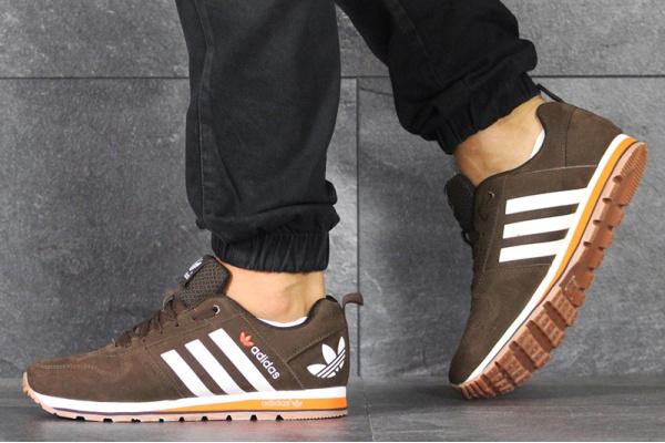 Мужские кроссовки Adidas V Racer Classic коричневые