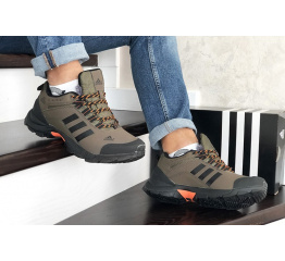 Купить Мужские кроссовки на меху Adidas TERREX ClimaProof коричневые в Украине